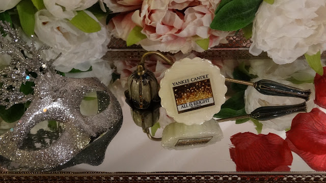 avis All is Bright de Yankee Candle