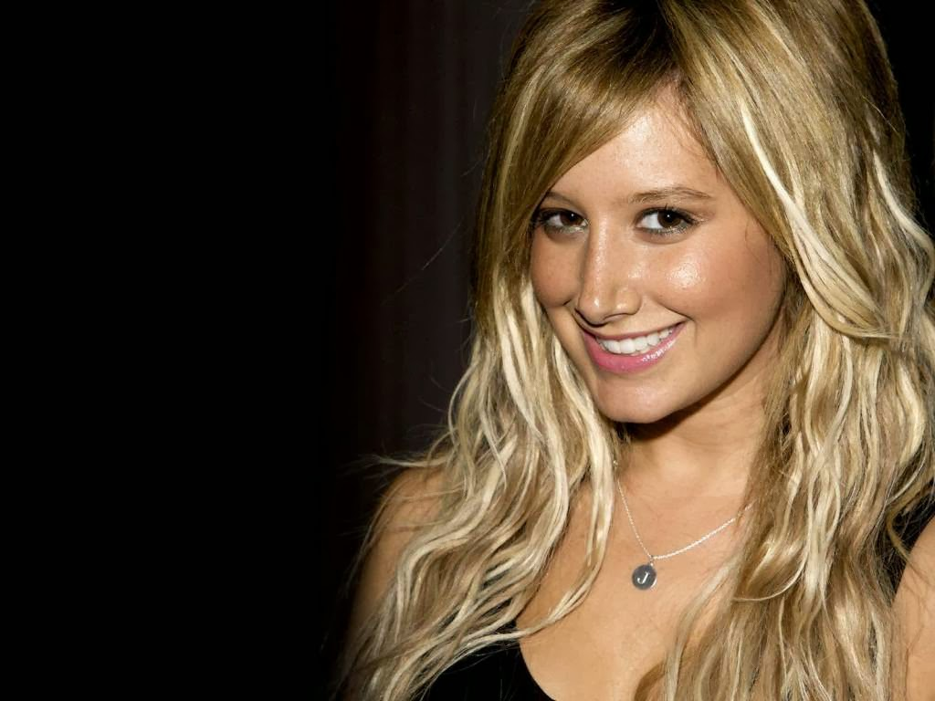 Actress Ashley Tisdale Biography With New Photos