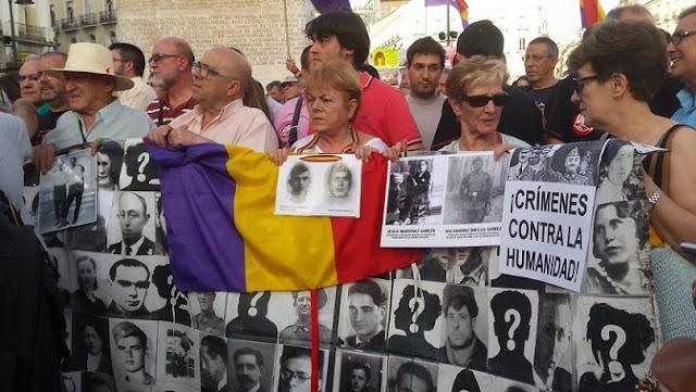 Concentración contra la impunidad y por una Ley de víctimas del franquismo