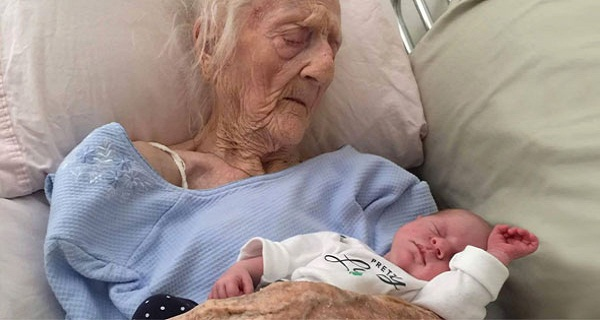 101-YEAR-OLD WOMAN GIVES BIRTH AFTER SUCCESSFUL OVARY TRANSPLANT