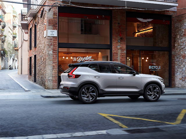 Volvo XC40 Compact SUV With Integrated Car Sharing