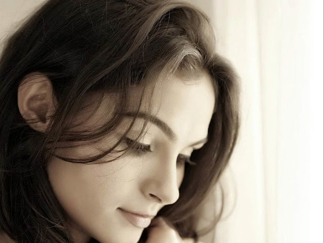 Andrea Jeremiah HD Wallpapers Free Download