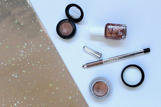 beauty makeup glitter mac all that glitters eyeshadow maybelline color tatto eye cream on and on brozne marc jacobs eyeliner rococoa essie tassle shaker nail polish varnish bblogger bbloggers flatlay instagram kirstie pickering christmas festive new years eve look