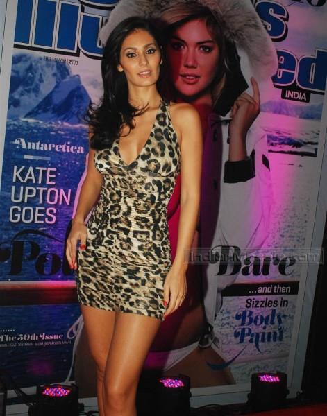 Bruna Abdullah sexy pics