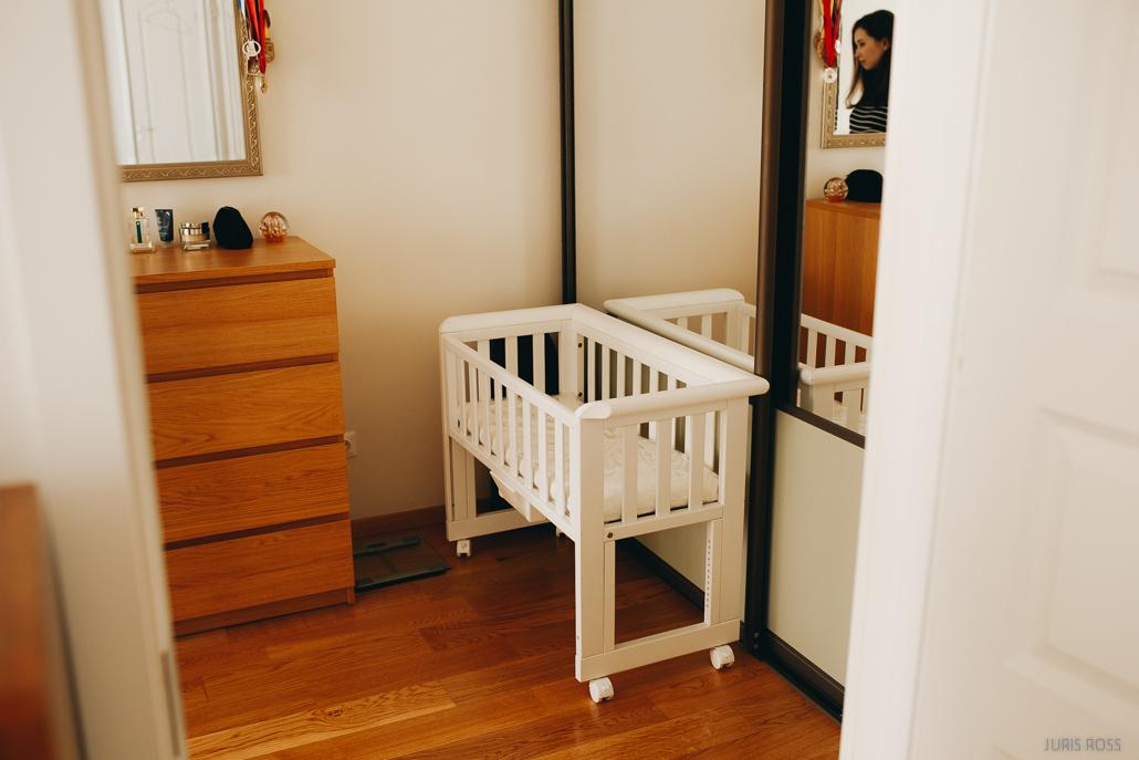 bērnu gultiņa