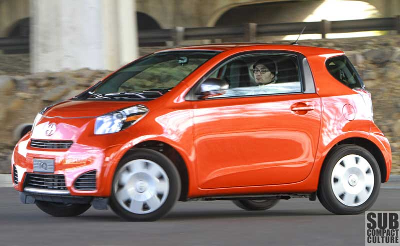 Scion iQ (Hot Lava)