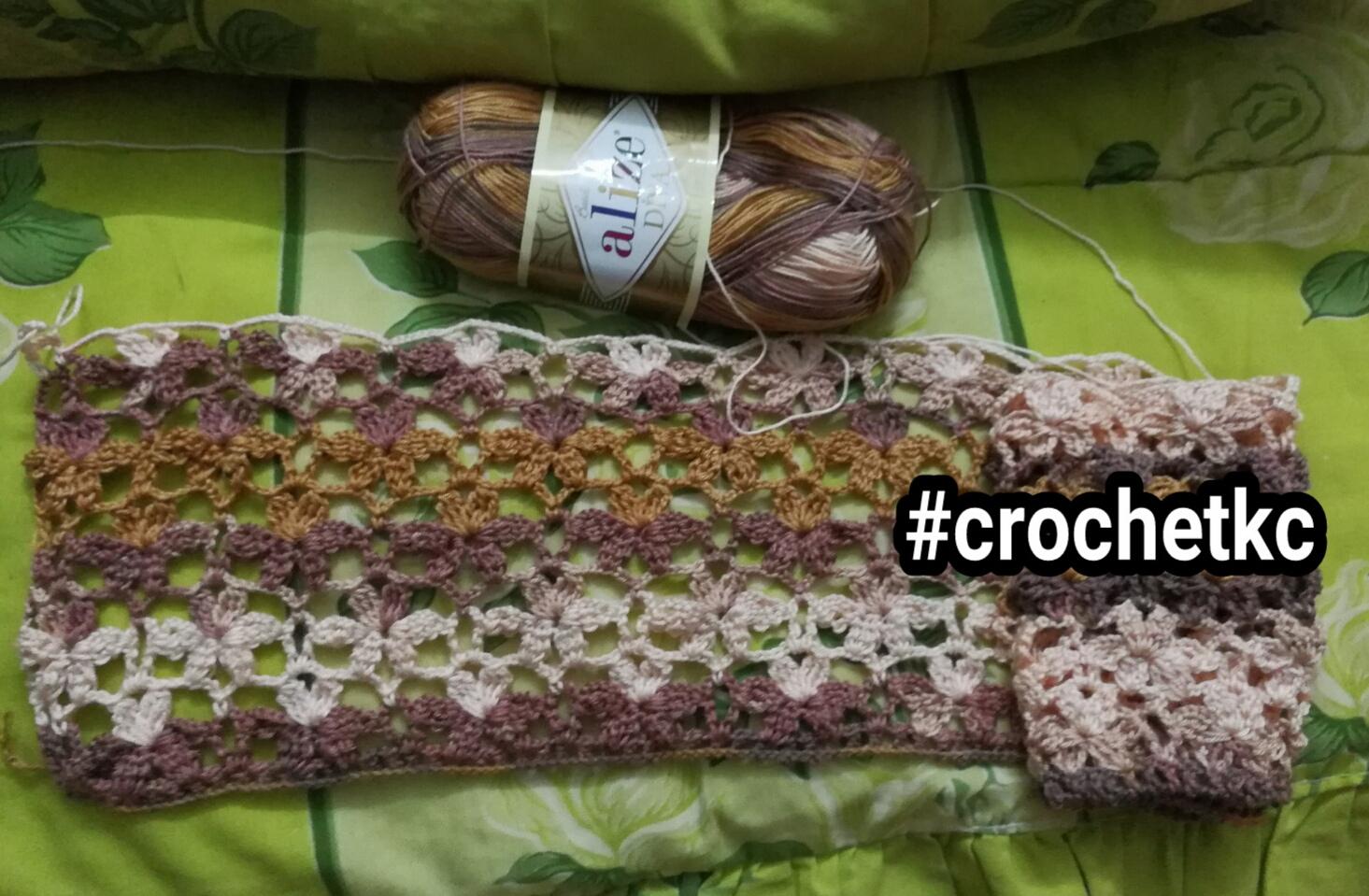 Kait kait bagi jadi shawl corak bunga mengait diagram ada tetapi sudah terpadam pulaktidak pasti lagi apa kc nak buat dengan corak bunga inila sudah jadi beberapa baris nampak cantik ccuart Gallery