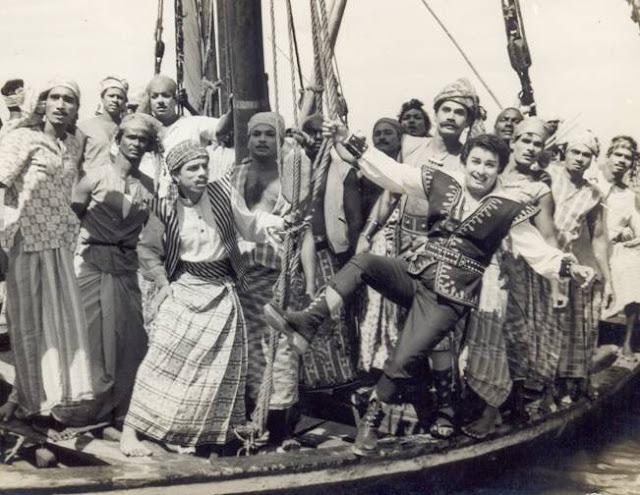 புரட்சித் தலைவரின் 'ஆயிரத்தில் ஒருவன்' (1965) - திரை பார்வை 4