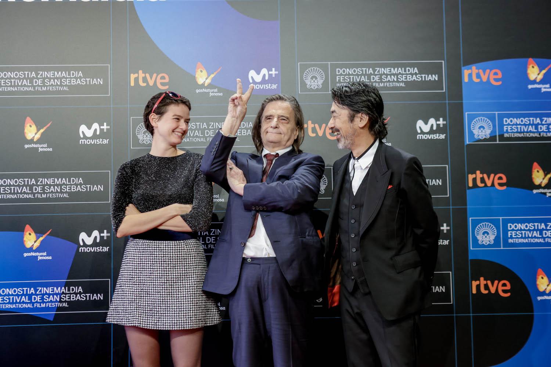 Pauline Etienne, Jean Pierre Leaud y Nobuhiro Suwa en San Sebastián