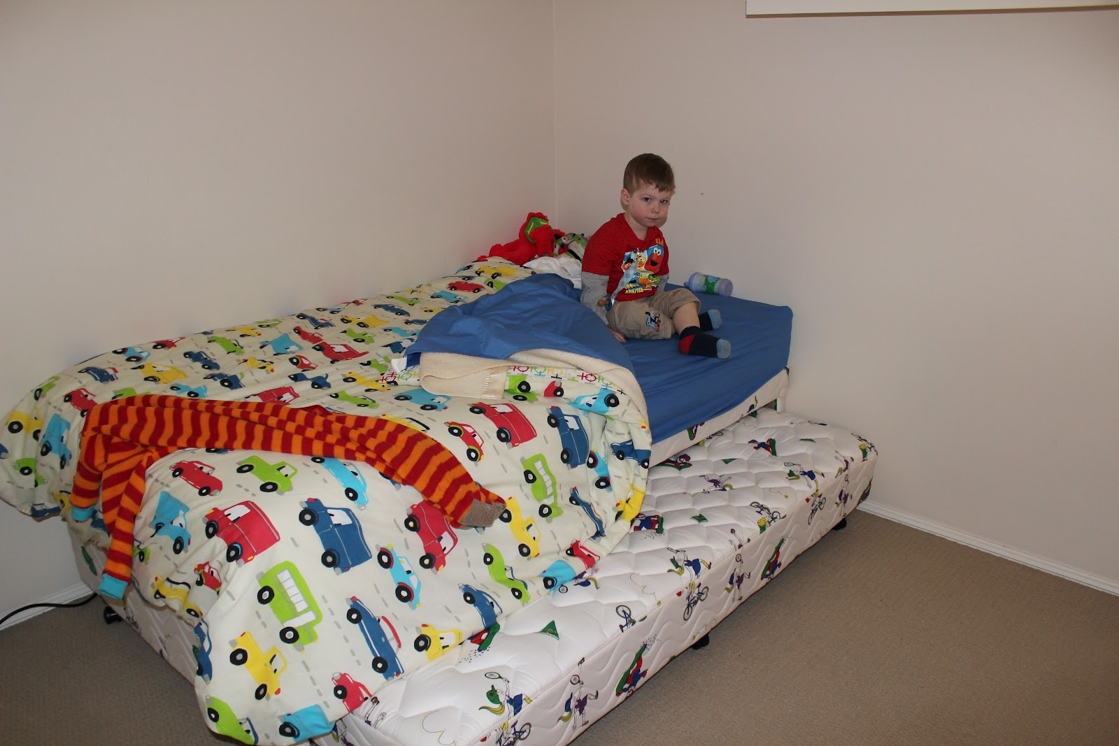 little boy beds with 3 3 boy in a big bed 29537