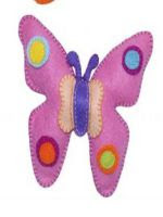 http://www.hogarmania.com/decoracion/manualidades/fieltro/201509/ideas-para-hacer-mariposas-fieltro-30209.html