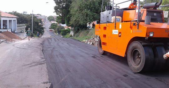 INFRAESTRUTURA – Pavimentação asfáltica chega a vários bairros em Caxias