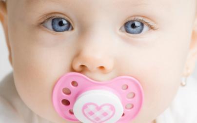 Empeng, Baik atau Burukkah untuk Bayi