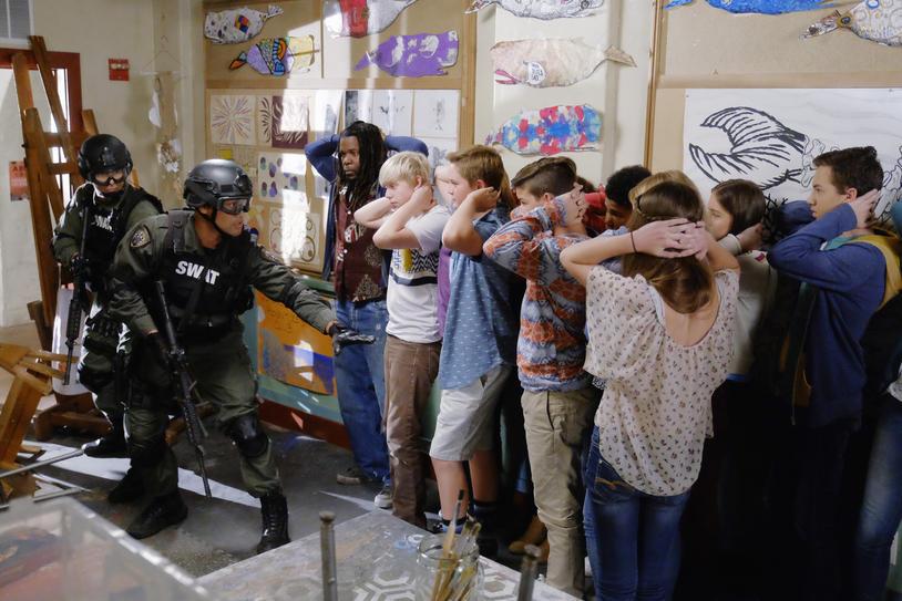 pistolas-armas-encierro-instituto-jude