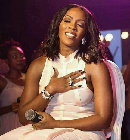 tiwa savage without bra