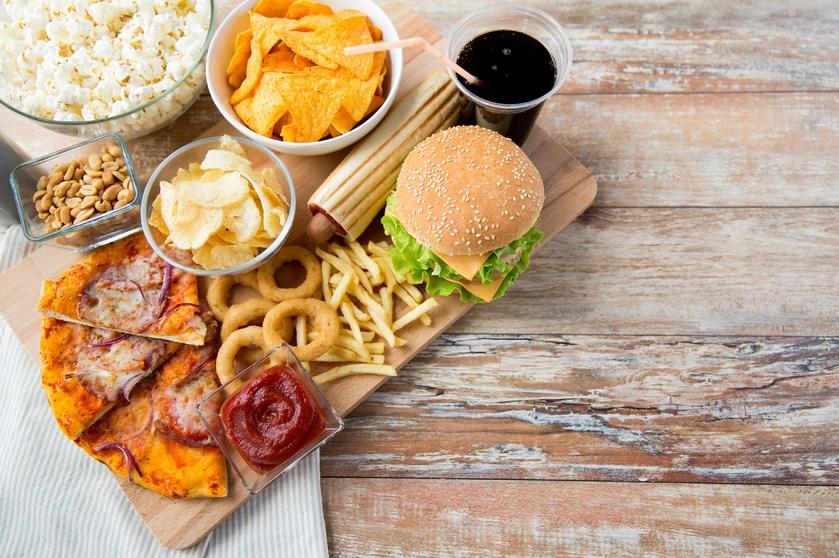 Bahaya Junk food dan Fast Bagi kesehatan