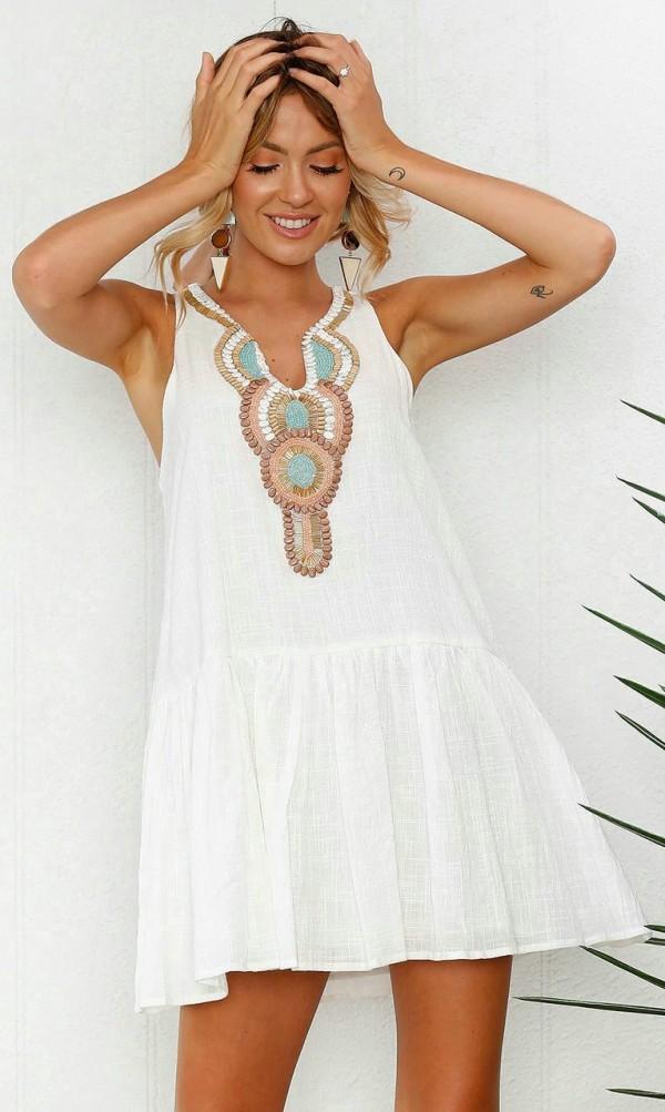 12990fdfa Solo yo: De compras, buscamos Vestidos by Elegrina. Moda Verano.
