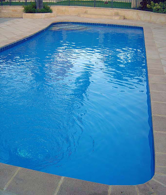 Colors of paint for swimming pools 3