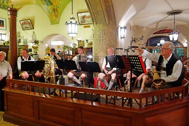 Hofbrauhaus Bavarian Band