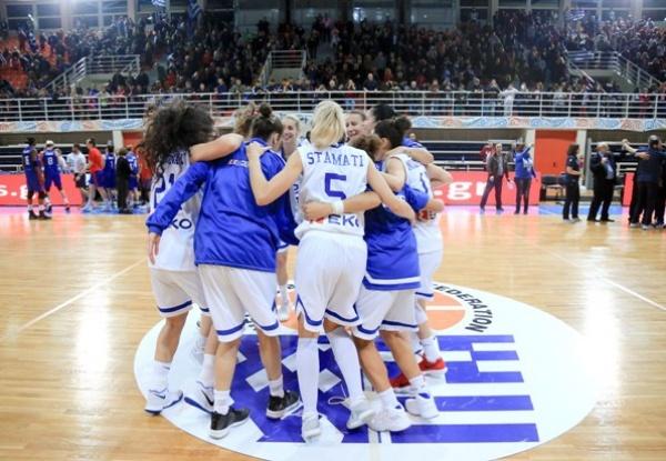 ΕΟΚ | Εθνική Γυναικών: Ελλάδα-Μ. Βρετανία 61-59. Γυναικών: Δηλώσεις Κώστας Κεραμιδάς, Άρτεμις Σπανού, Ελεάννα Χριστινάκη