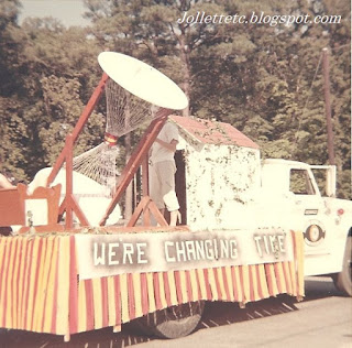 Homecoming 1967 YMCA Club Float http://jollettetc.blogspot.com