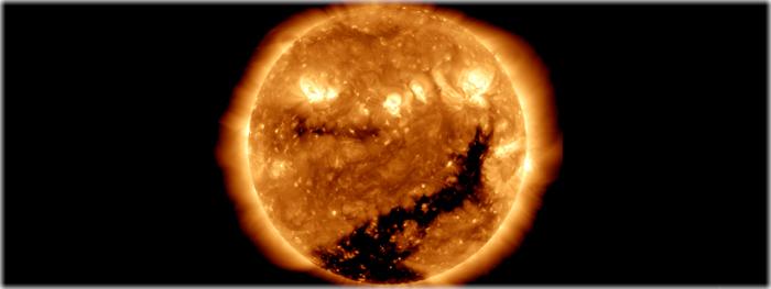 buraco coronal arremessa rajada de vento solar em direção a Terra