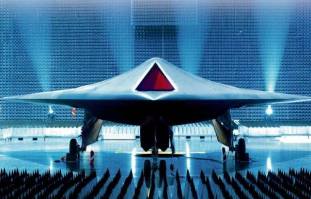 Διεθνείς αντιδράσεις προκαλεί η ανάπτυξη «αυτόνομων όπλων τεχνητής νοημοσύνης»