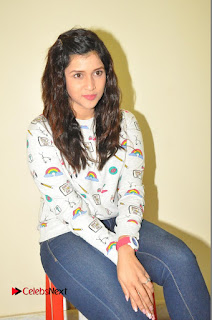 Actress Mannara Chopra Pictures in Denim Jeams at Thikka Movie Interview  0162.JPG