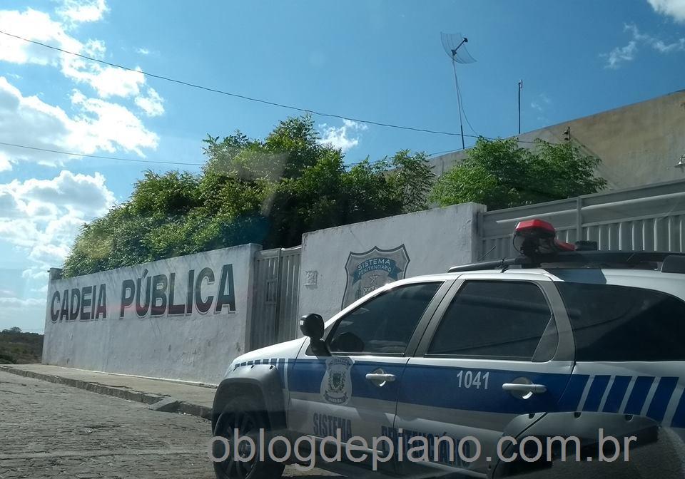 Em Piancó, apenados tentam fuga da cadeia pública mas são impedidos pela PM