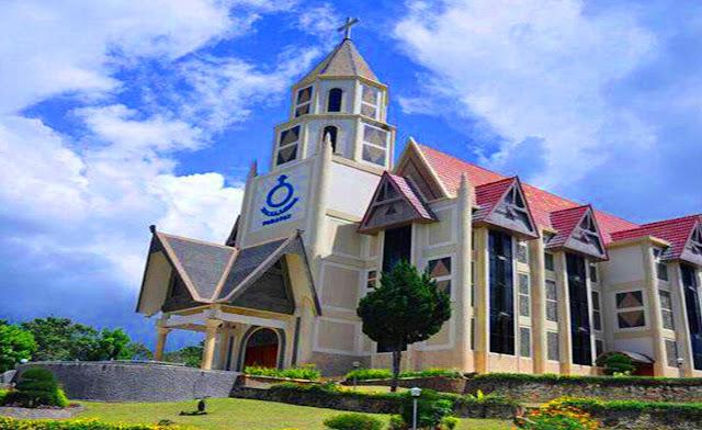 Gereja HKBP Parapat