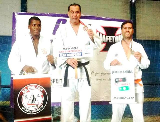 Atletas da Academia Municipal de Judô da Ilha Comprida  conquistam  medalhas em Cananeia