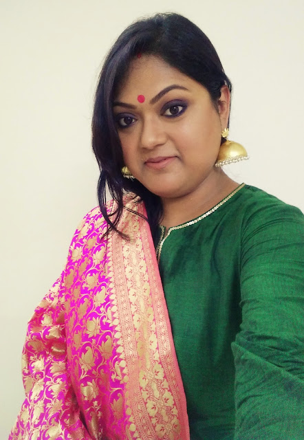 How to wear a Banarasi Dupatta and stay comfortable