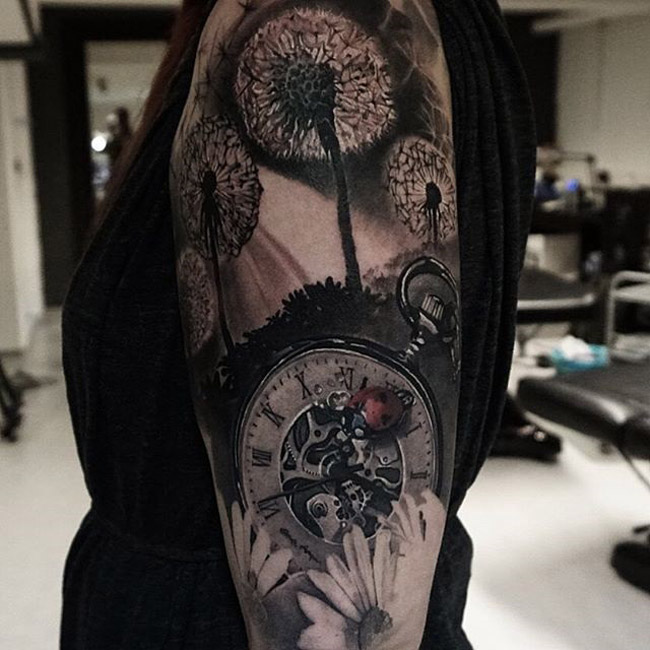 22 Stunning Sleeve Tattoos For Women