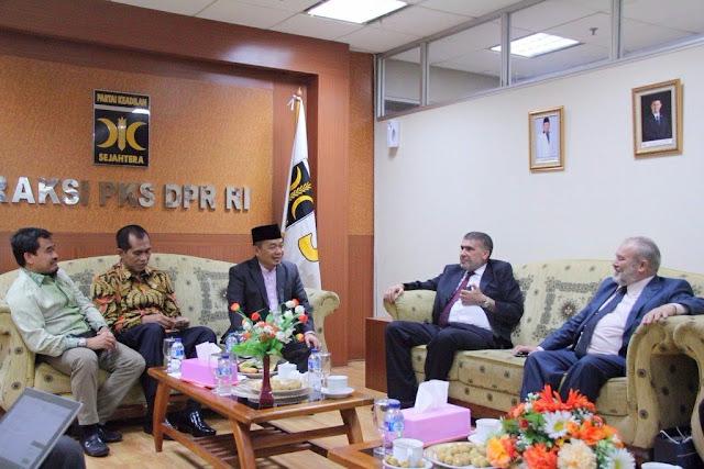 Rofi Munawar menerima kunjungan delegasi Muslim Center Party