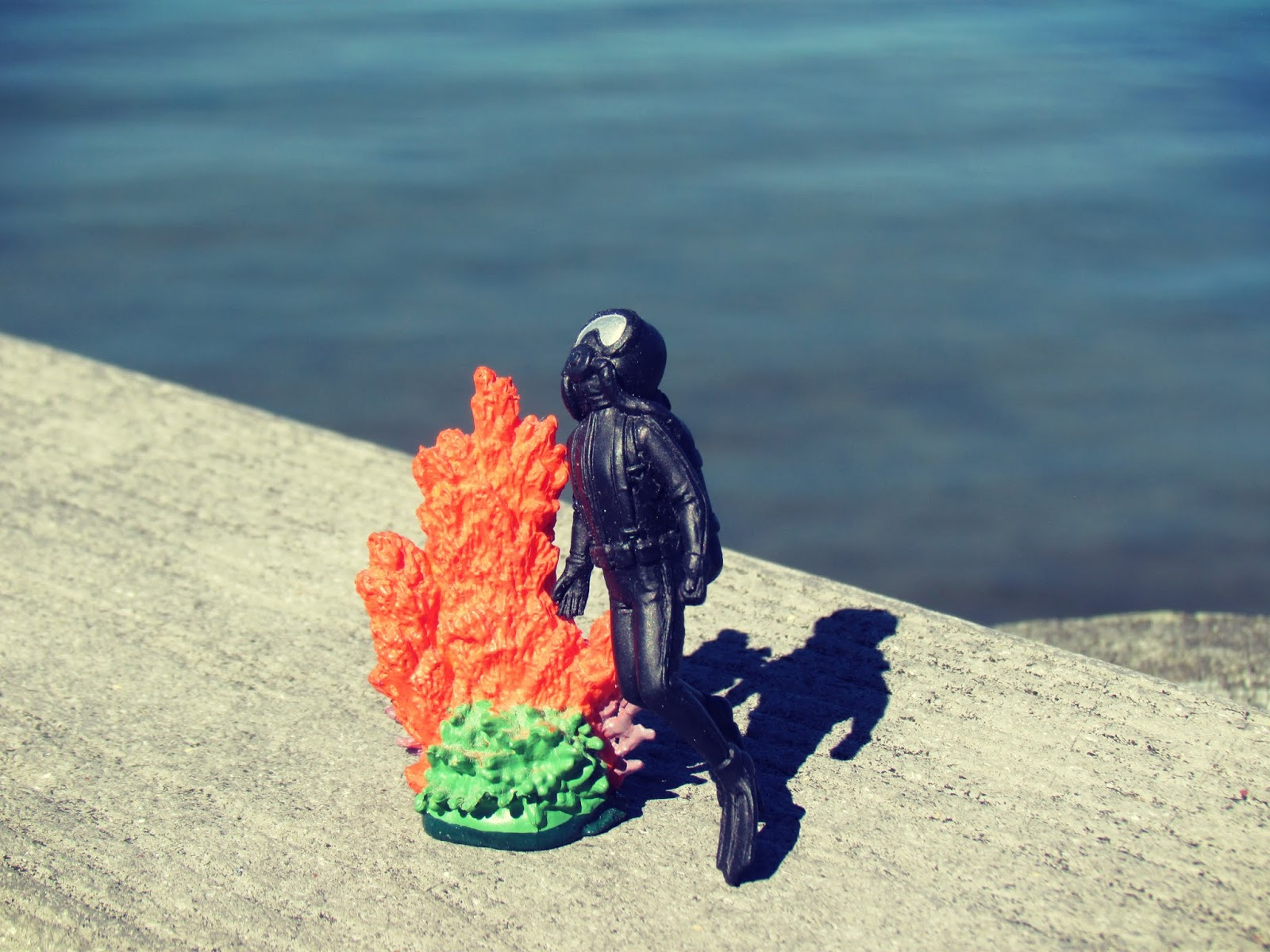Sea Diver Plastic Toy With Coral Reef on a Blue Ocean Backdrop + Kayaking