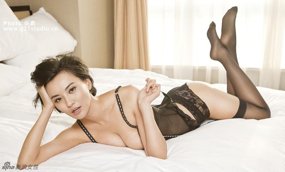 Monica Mok Hot 102