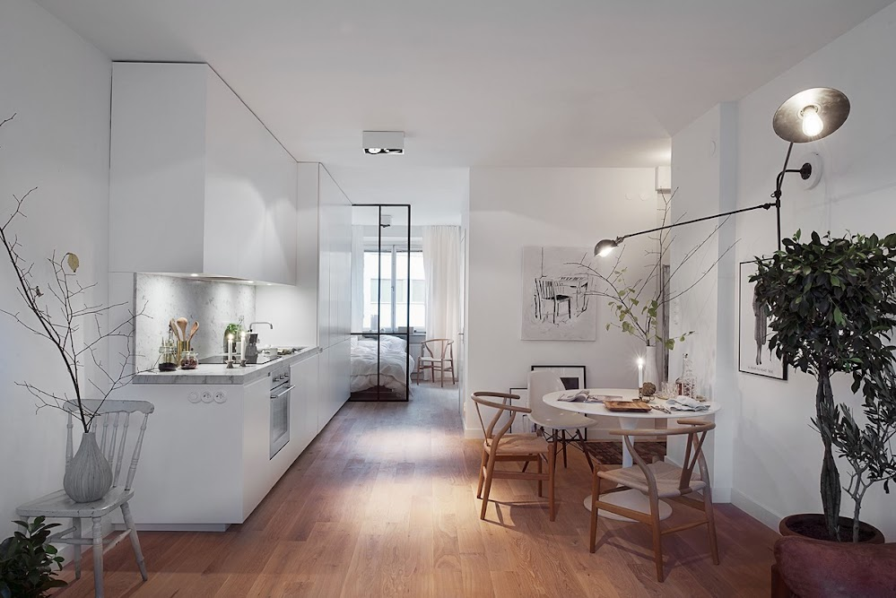 white-and-wood-dining-design