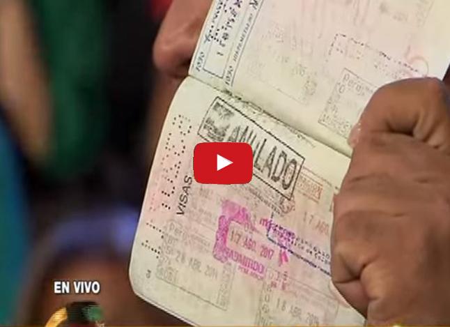 Presentador Andrés Hurtado llora durante su programa en Perú por Venezuela
