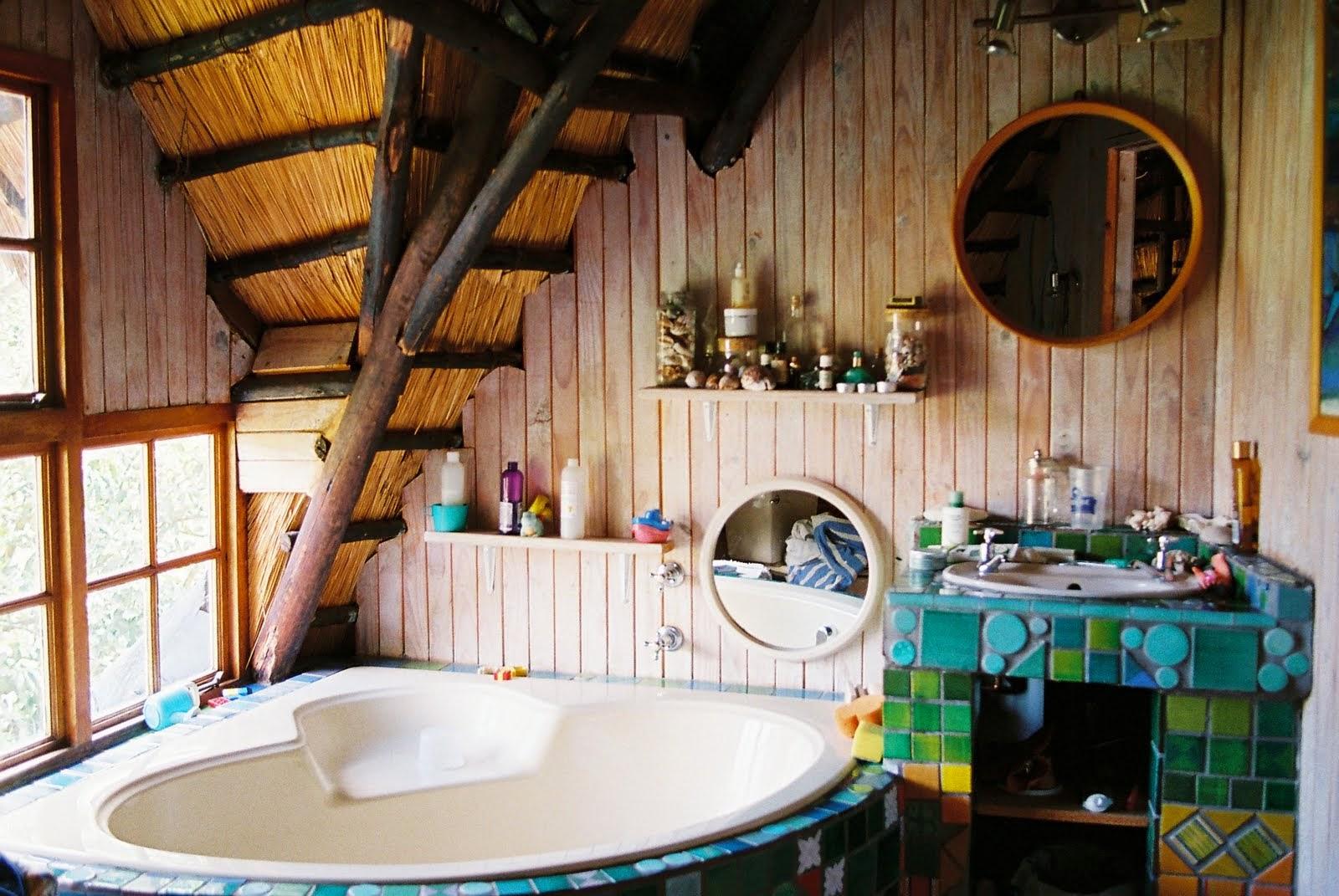 moon to moon bohemian summer bathroom inspiration. Black Bedroom Furniture Sets. Home Design Ideas