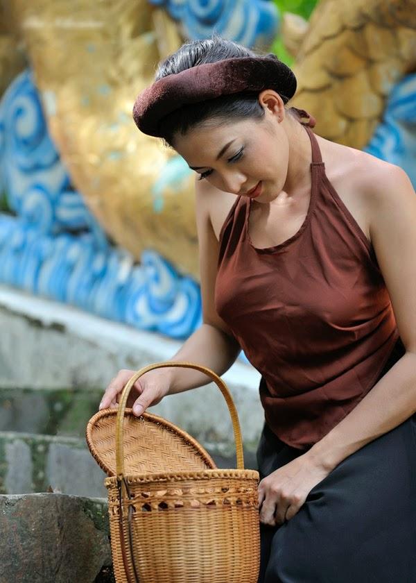 Lotus Thai desnudo