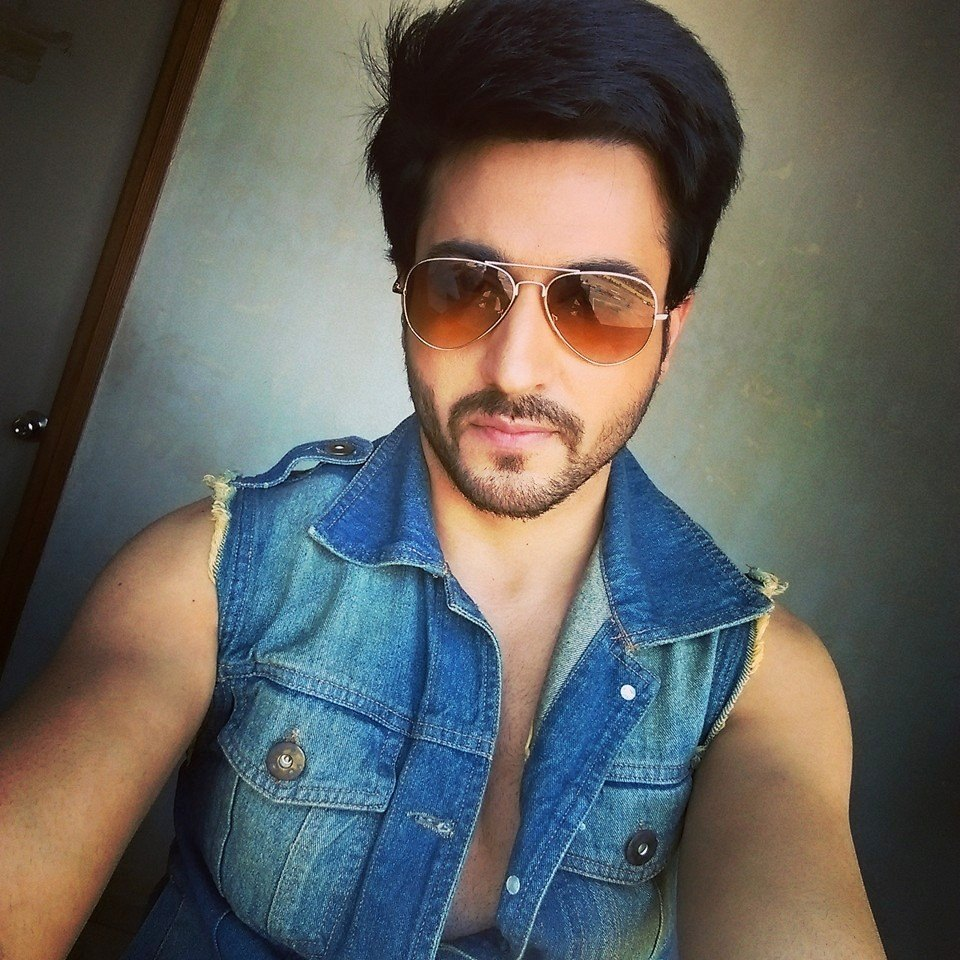 Dare To Bare  Hot Indian Tv Actors  Dheeraj Dhoopar-8326