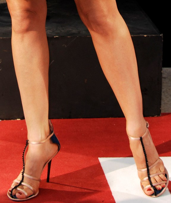 Explain kelly brook toes accept. opinion
