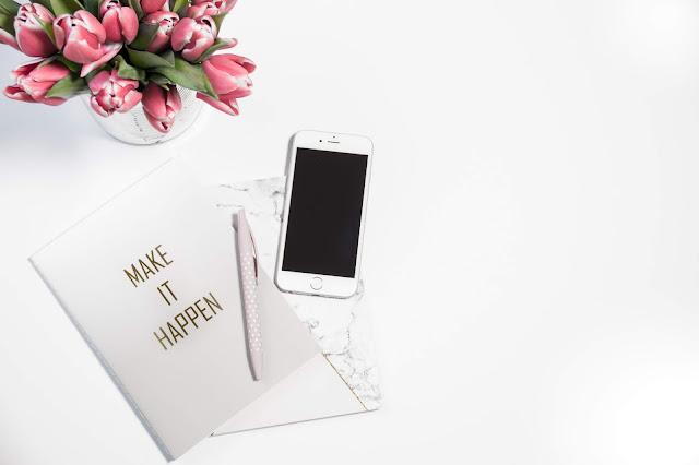 Gadżety do smartfona, akcesoria do telefonu komórkowego - obudowy, pokrowce, etui, powerbank, organizery na słuchawki, rozgałęziacze, rozdzielacze do słuchawek