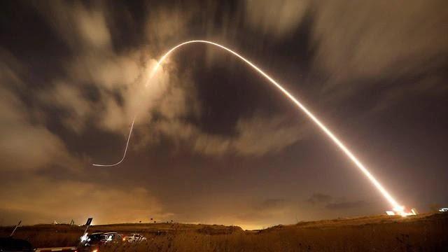 Rakéta-sortűz Izraelre • A Légierő négy hullámban támadta a Gázai-övezetet