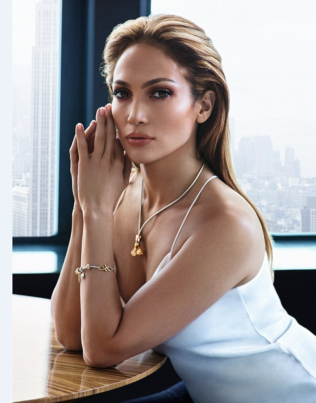 Raw Hollywood  Video Jennifer Lopez Says New Music Is -5909