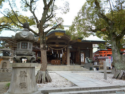 高津宮高津神社拝殿