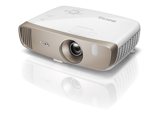Review, Harga, Spesifikasi BenQ Home Video Projector W2000