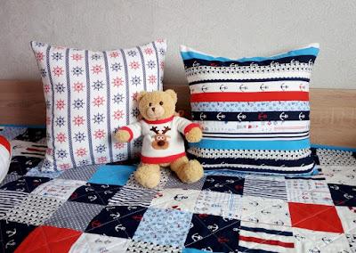 подушка с якорем