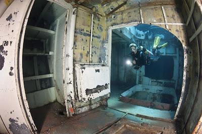 [Image: ship_wrecks_09.jpg]