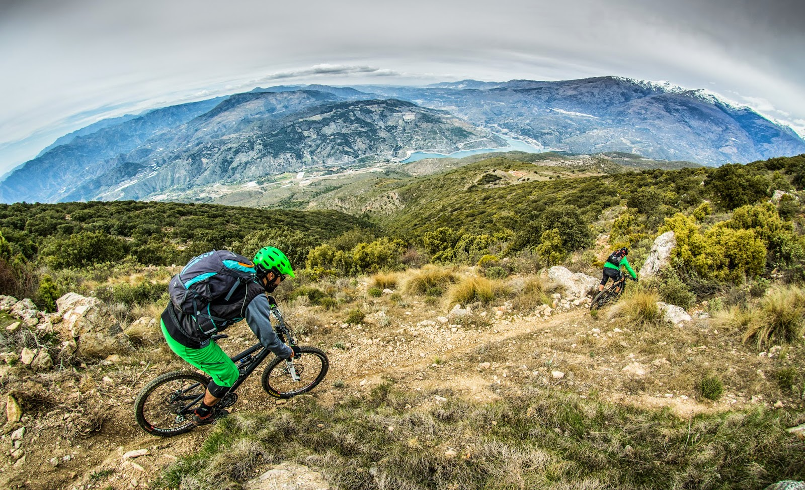 Mountain Bike en Sierra Nevada, viajes y turismo